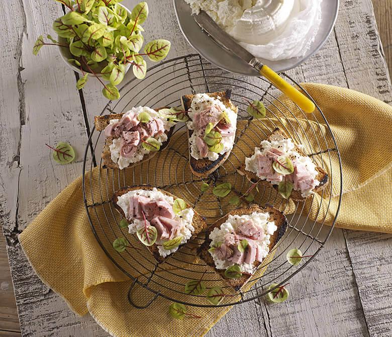 Mackerel fillets with crunchy potatoes